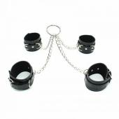 Черный кожаный бондажный набор из наручников и поножи для БДСМ практик, 251302125
